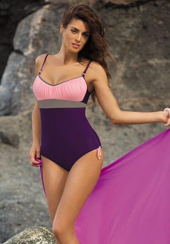 kostium kapielowy jednoczesciowy idealny na plaże lub basen