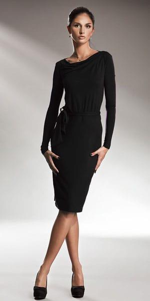 czarna_sukienka_do_pracy